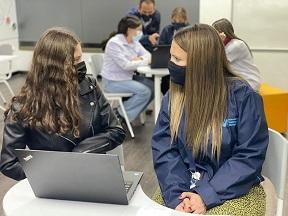 EL DÍA INTERNACIONAL DEL VOLUNTARIO TELEFÓNICA MOVISTAR, BENEFICIO A 1.600 COLOMBIANOS