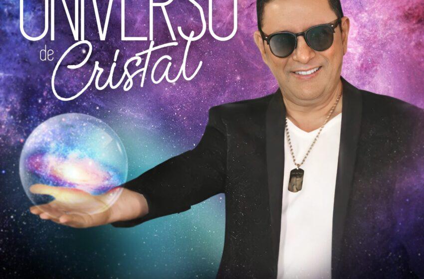 """El cantautor Ivan Ovalle presenta """"Mi Universo de  Cristal"""", su nueva apuesta musical"""